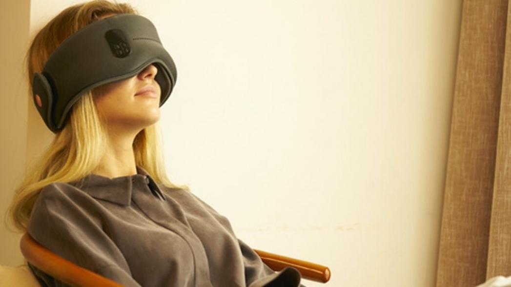 """""""Умная"""" маска для глаз поможет спать"""