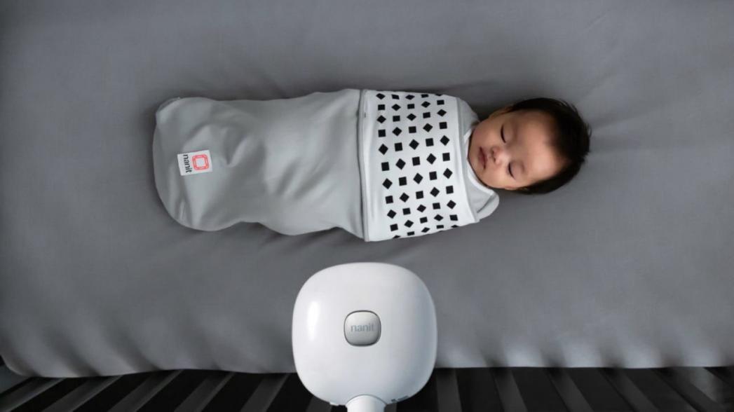 Одежда, которая помогает контролировать дыхание младенца
