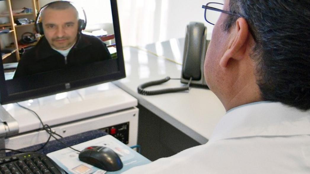 Большинство руководителей медицинских организаций в США планирует инвестировать в телемедицину