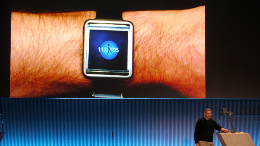 Samsung представил браслет Simband для слежения за состоянием здоровья